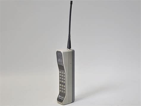 motorola ultra classic brick phone prop  rental