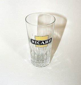 Verre A Ricard : verre momie ricard le verre pour apprecier le ricard ~ Teatrodelosmanantiales.com Idées de Décoration