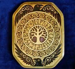 Yggdrasil Rune