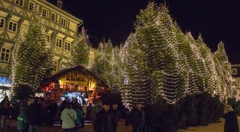 goslar weihnachtsmarkt winterwald mitten  der stadt