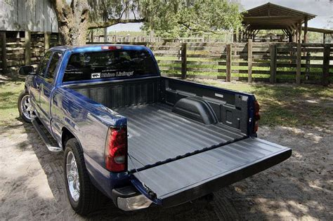 rhino hybrid bed liner  bed liner spray  bed liner