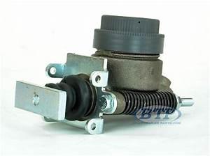 Titan Model 6 Disc Brake Master Cylinder For M6 Surge Actuator