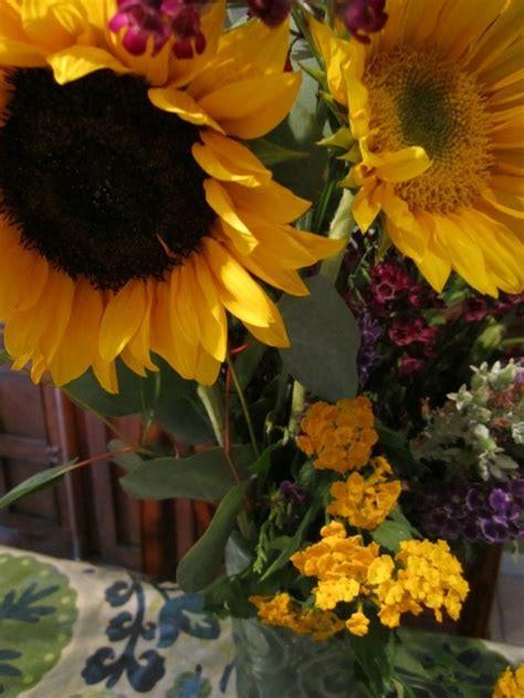 tischdeko mit sonnenblumen tischdeko mit sonnenblumen 252 ber 50 sonnige vorschl 228 ge