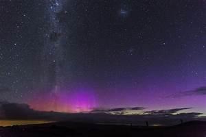 Powerful solar storm sparks stunning aurora around the ...