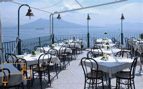 ristorante la terrazza napoli dove si trova la terrazza cartolina di posillipo a napoli