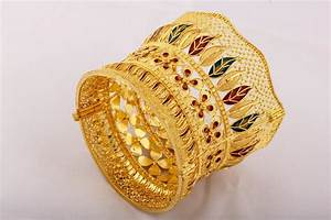 Dubai Gold Bracelet Design Wooing Indians With Handcrafted Gold Jewelry