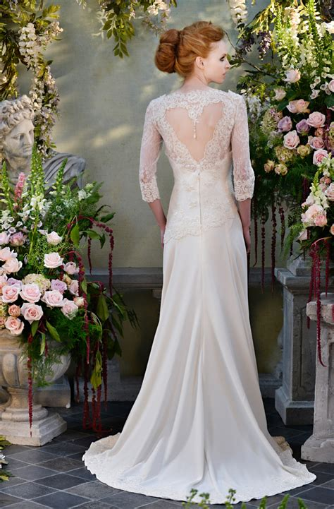 30 Exquisite And Elegant Long Sleeved Wedding Dresses Chic