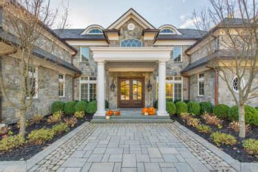 how to pick exterior paint colors for your home spectrum painting