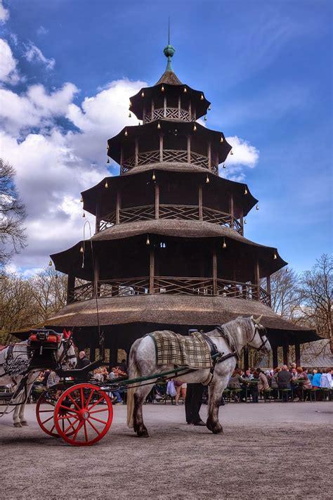 englischer garten münchen biergarten chinesischer turm m 252 nchen deutschland 2015 m 252 nchen