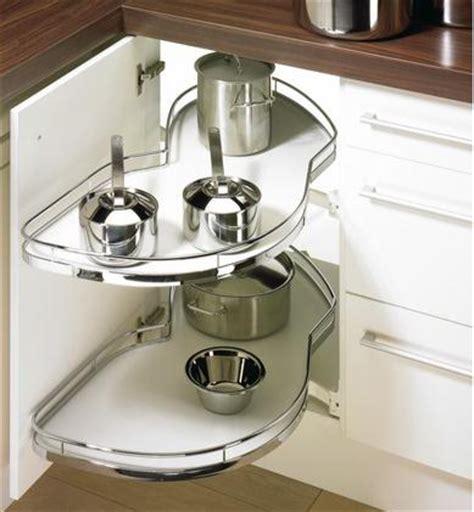 plateau tournant pour placard cuisine plateau tournant pour meuble de cuisine farqna