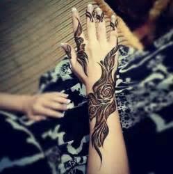Amazing arabian henna so eye catching n inspirational one ...