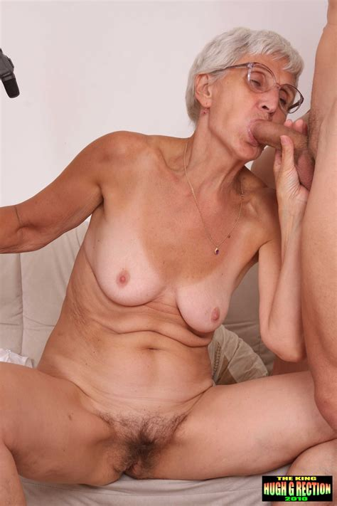 old Granny Fucking 2 Young Men old Granny Has sex With 2 Young 111 Live mature Ladies And