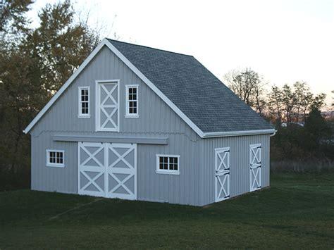 Small Center Aisle Horse Barn
