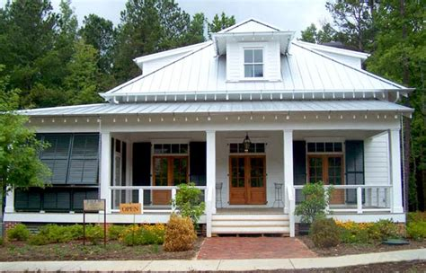 Plantation House Plans With Wrap Around Porch by Southern Cottage House Plans With Photos Ayanahouse