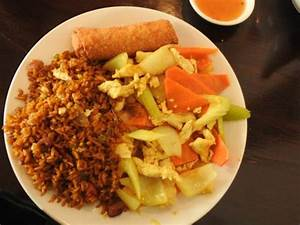 Lunch Special L13Chicken Curry with Pork Fried Rice and
