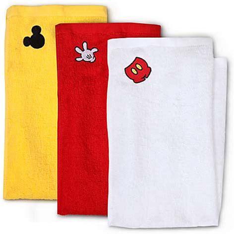 disney kitchen towels your wdw disney dish towel set best of mickey