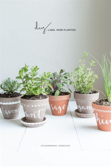 Indoor Herb Garden Pot Planters Ideas by Best 20 Herb Planters Ideas On Growing Herbs