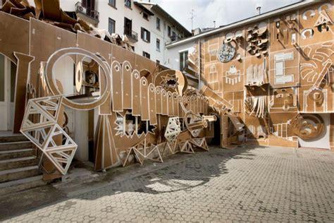 come trasformare il cortile di casa in un cartone