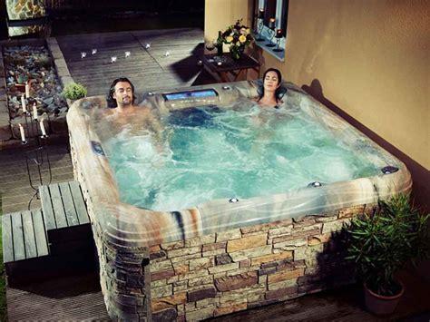 Whirlpool Traumhafte Luxuswhirlpools Von Artesian Spas