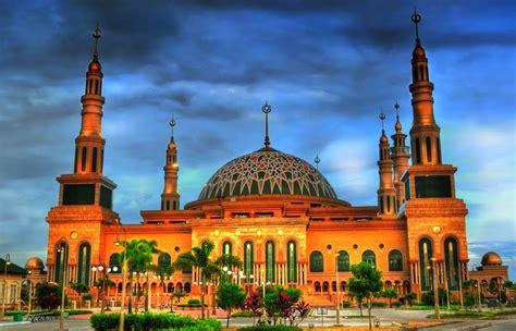 masjid terindah  indonesia  bisa kamu kunjungi