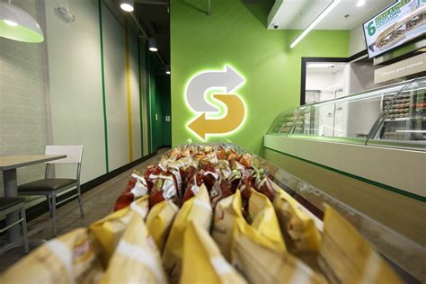 Subway® Brings 'fresh Forward' With New Restaurant Design
