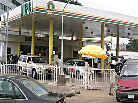 Major Oil Marketers Disregards FG New Price of Petrol