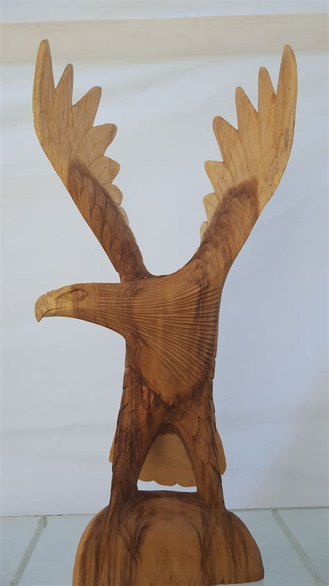 Eagle Wood Sculpture - Natural Wonders