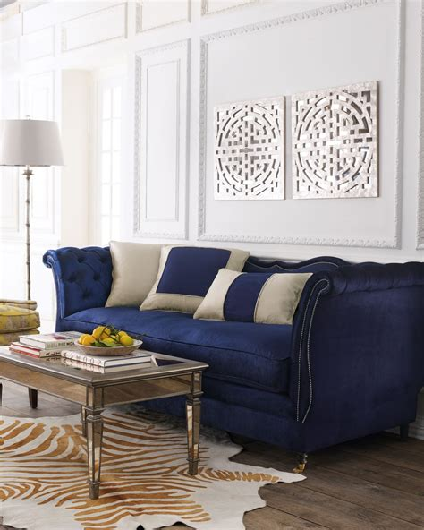Sofa Decorating Ideas by 21 Different Style To Decorate Home With Blue Velvet Sofa