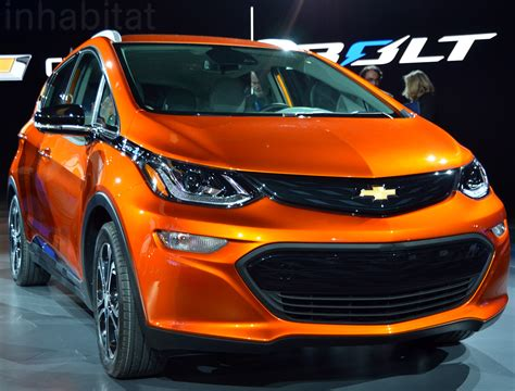 Chevy Debuts Groundbreaking Affordable 200-mile-range Bolt