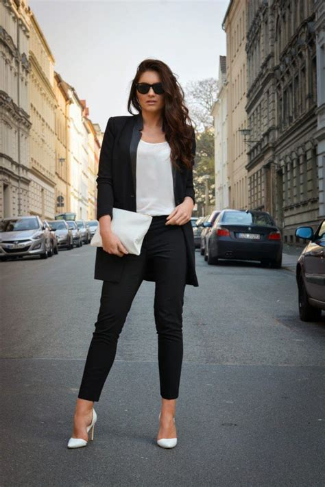chic  stylish office outfits