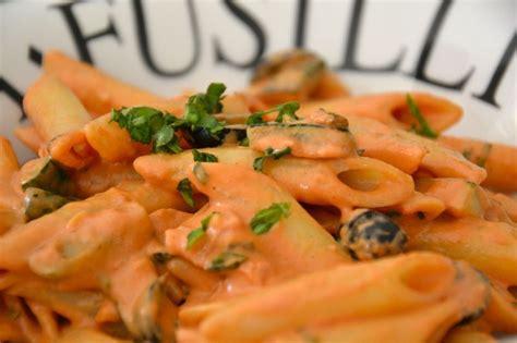 p 226 tes au mascarpone tomate courgette et jambon de parme kitchen story