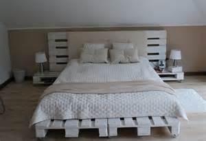 bett sofa diy bett und eigener designer nachttisch aus paletten freshouse