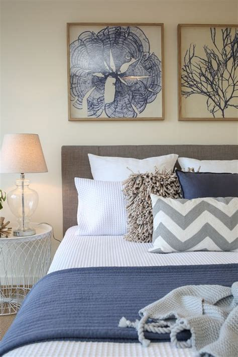 shabby chic navy bedding 25 best ideas about chambre 224 coucher on pinterest paroi latte chambre principale de luxe