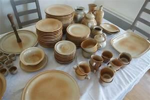 Vaisselle En Grès : photo service de table gres vaisselle maison ~ Dallasstarsshop.com Idées de Décoration