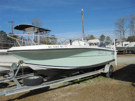 Boats Unlimited New Bern by 2002 Angler 204 F 20 Foot 2002 Motor Boat In New Bern Nc