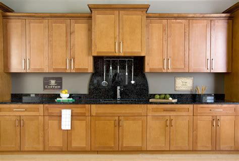 wholesale spice  wood maple cabinets full overlay doors sweet home cabinets