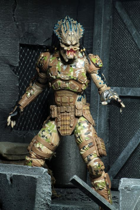 toy fair  neca ultimate emissary predator  figure