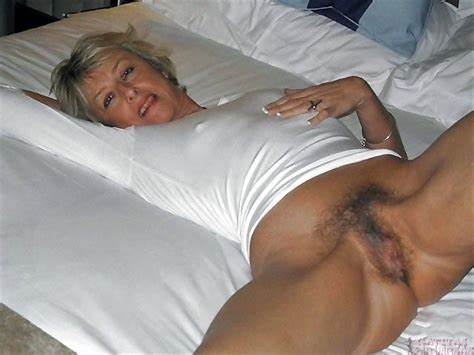 Sweet Foxy Enjoy A Giant Grey Haired Penis In Her Cunt And Anal