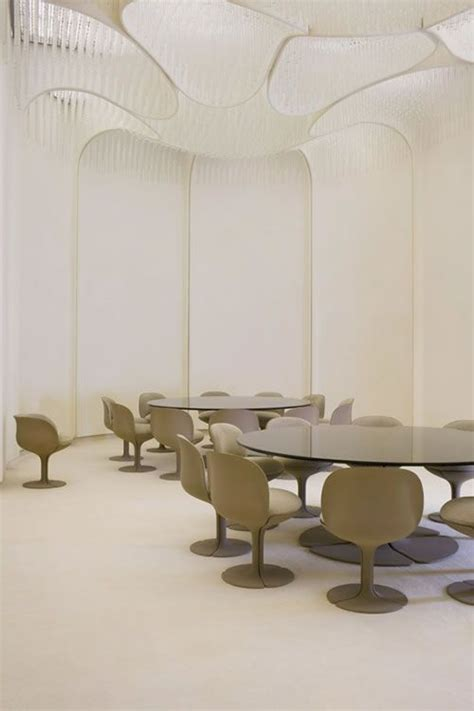 thedesigncollector pierre paulin dining room palais de