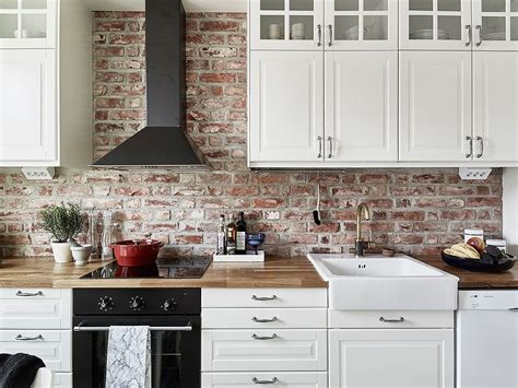 white kitchen brick tiles pintar o no pintar una pared interior de ladrillo visto 1330