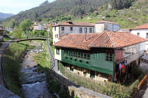 salas entre el mar  la montana asturiana