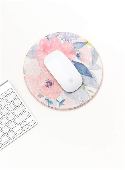 diy floral mouse pad  spring  crafted life