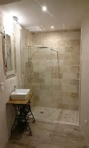 chambre avec bain chambre avec salle de bain ouverte salle de bains
