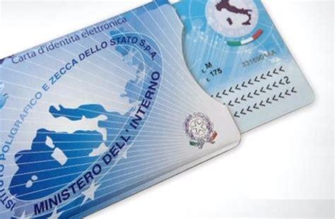 ufficio anagrafe busto arsizio arriva in citt 224 la carta d identit 224 elettronica legnanonews