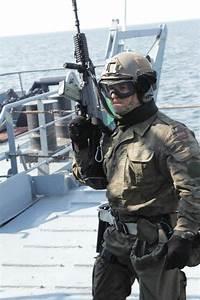 Polish Elite Naval Special Forces Unit FormozaDiscover ...