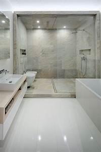 les 25 meilleures idees concernant salles de bains de luxe With photo salle de bain moderne