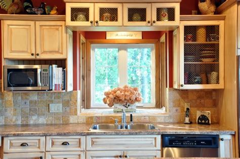 Rustic Cottage  Rustic  Kitchen  Toronto  By Designing