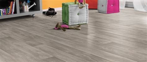 Looking for Vinyl Flooring?   Andersens Flooring