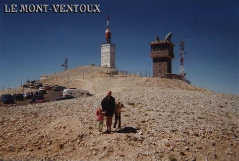 ou se trouve le mont ventoux le mont ventoux 84 vaucluse cing car en