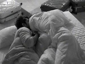 bigg boss 9 rochelle keith suyyash kishwer hot scenes With big boss bed